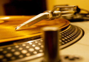 reized - gold turntable